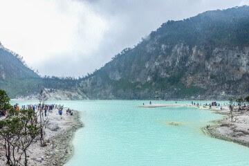 بحيرة كاواه بوتيه -    Kawah putih