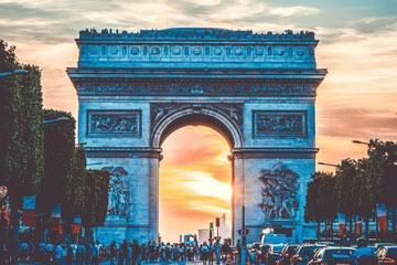 قوس النصر Arc de Triomphe