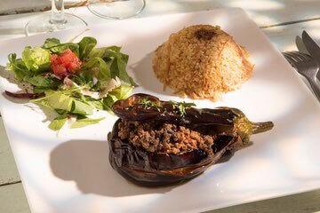 مطعم لي بينس دالب Les Pins d'Alep