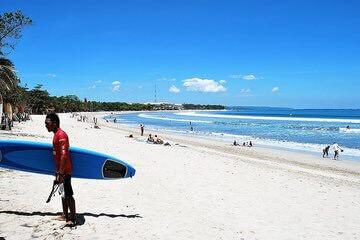شاطئ كوتا Kuta Beach