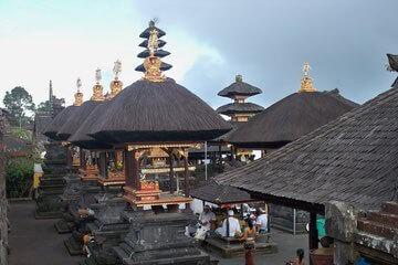 معبد بيساكيه الأم - Besakih Temple